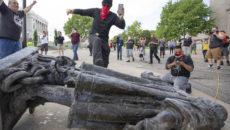 Del bronce histórico al etnológico. Iván Vélez