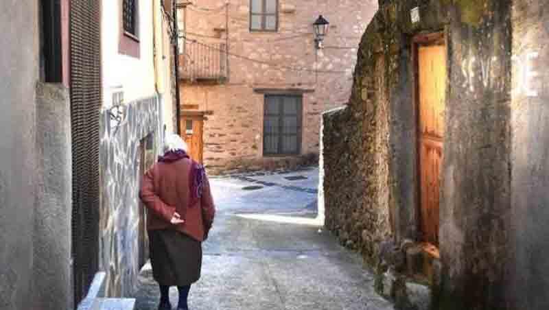 Reflexiones sociodemográficas sobre Castilla y León. José María Nieto Vigil
